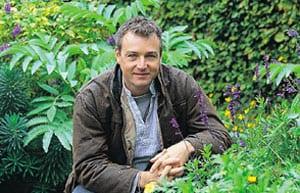 Chris Beardshaw - Garden Designer