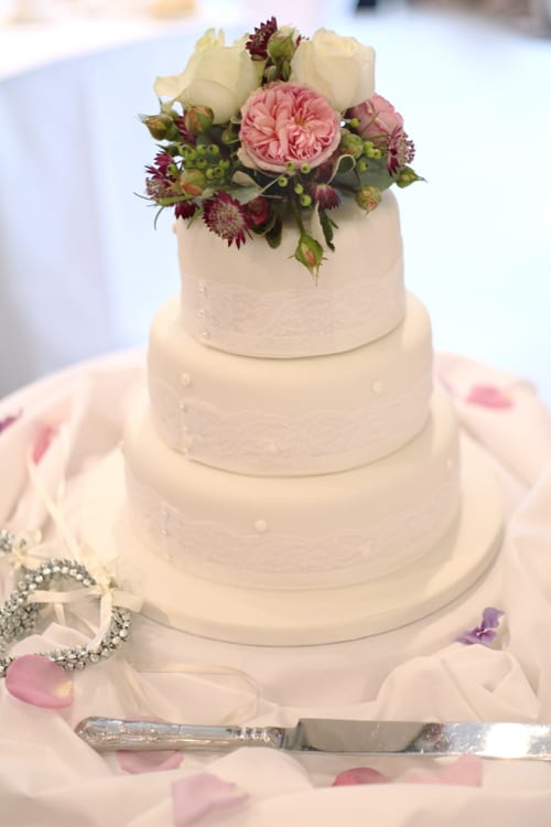 Lucy Davenport - Wedding Photographer