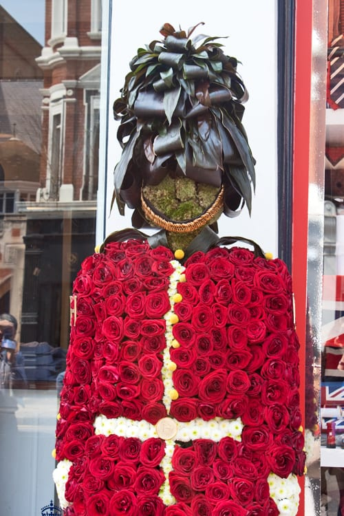 Hackett-Chelsea-in-Bloom-2012-Flowerona