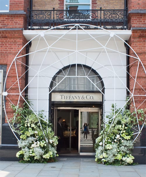 Chelsea in Bloom – Beautiful floral designs adorning Chelsea retailers
