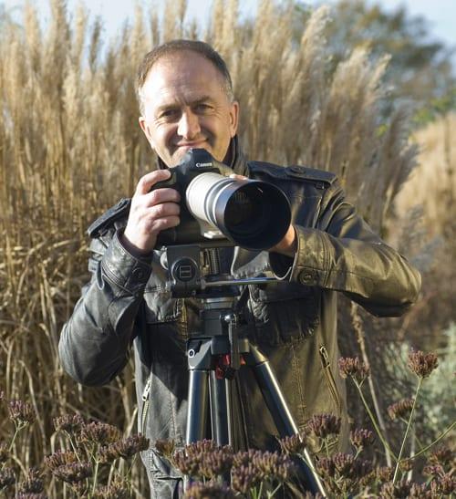 Clive-Nichols-Garden-&-Flower-Photograper