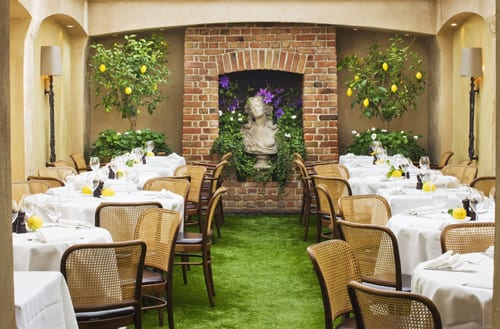 Clive-Nichols-Daphne's-Restaurant
