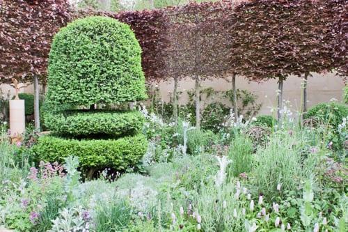 The-Laurent-Perrier-Bicentenary-Garden-Arne-Maynard-Chelsea-2012-Flowerona