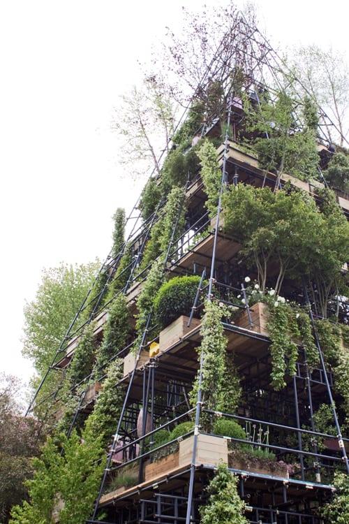 The-Westland-Magical-Garden-Diarmiud-Gavin-Chelsea-2012-Flowerona