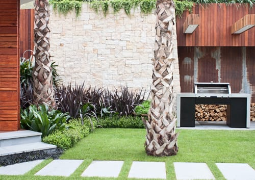 Trailfinders-Australian-Garden-presented-by-Fleming's-Chelsea-2012-Flowerona