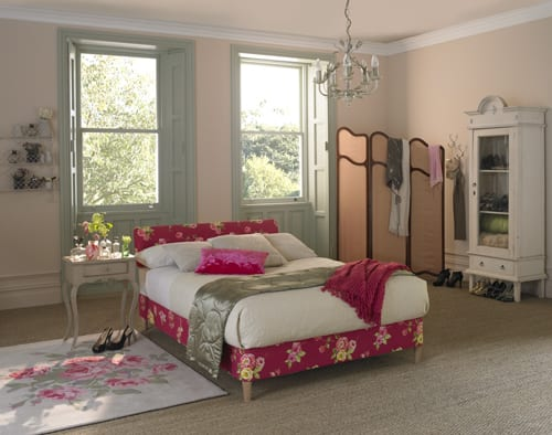 Layezee-French-country-bed