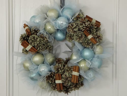 Jane-Packer-Delivered-Dasher-Door-Wreath