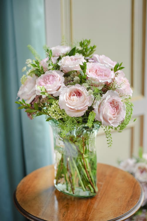 13.-Keira-arrangement-in-vase-David-Austin-Roses