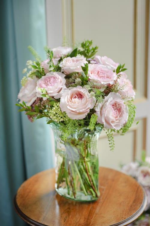 13.-Keira-arrangement-in-vase-David-Austin-Roses
