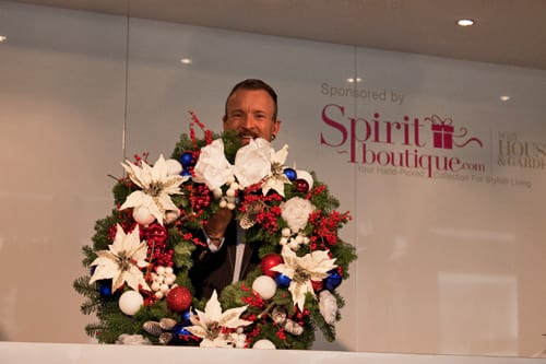 Simon Lycett floristry demo at the Spirit of Christmas Fair : Part 1