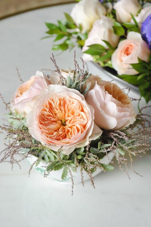Small-Juliet-arrangement-in-bowl-David-Austin-Roses