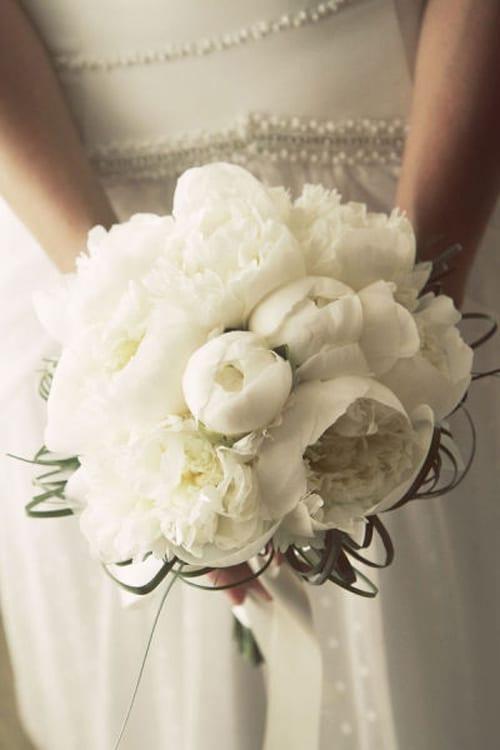 White-Wedding-Bouquet-Style-Me-Pretty-Branco-Prata
