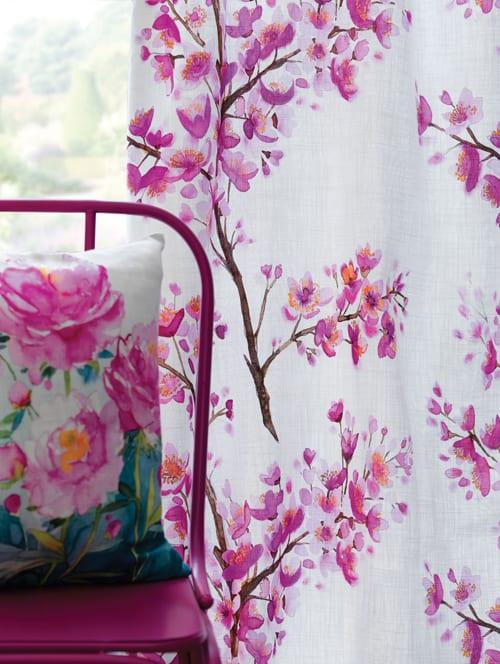 Miki-fabric-Bella-cushion-Bluebellgray