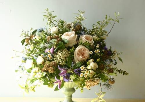 Sabine-Darrall-G-Lily-garden-flowers-mixed