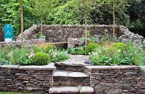 RHS-Chelsea-Flower-Show-2013-Artisan-Garden-Vital-Earth-Un-Garreg-Flowerona