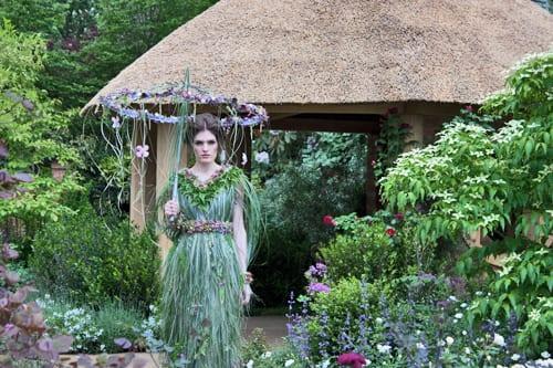 RHS-Chelsea-Flower-Show-2013-Zita-Elze-Floral-Dress-Flowerona-5