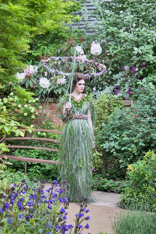 RHS-Chelsea-Flower-Show-2013-Zita-Elze-Floral-Dress-Flowerona-8
