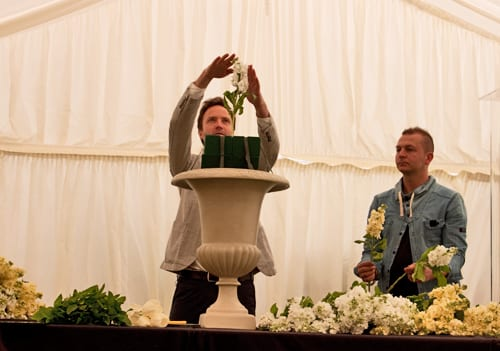 Guildford-Cathedral-Flower-Gala-2013-Robbie-Honey-Flowerona-16