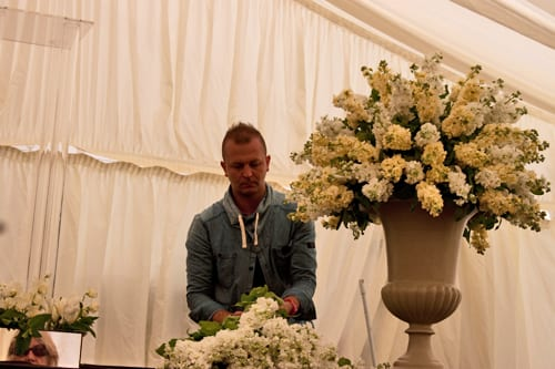 Guildford-Cathedral-Flower-Gala-2013-Robbie-Honey-Flowerona-7
