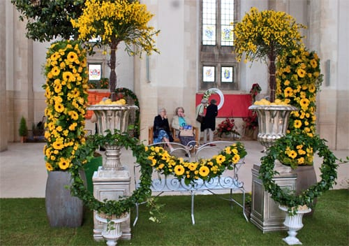Guildford-Cathedral-Flower-Gala-Paula-Pryke-Flowerona-11