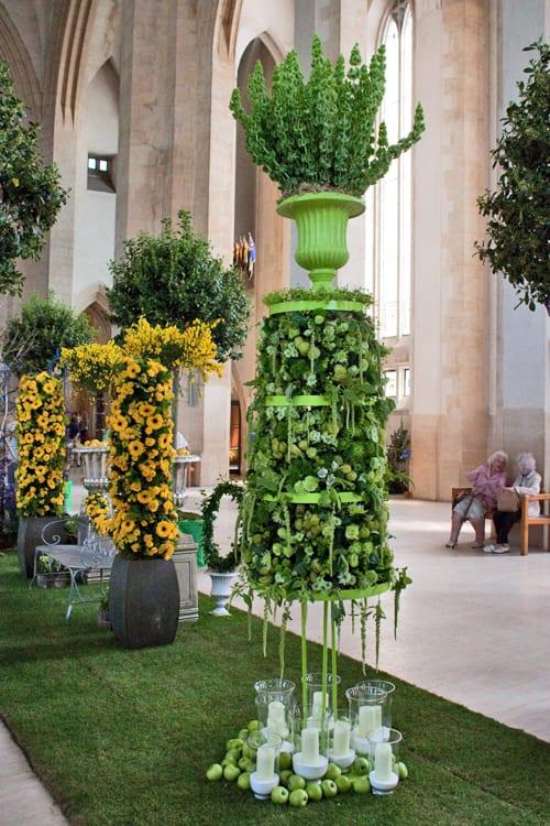 Guildford-Cathedral-Flower-Gala-Paula-Pryke-Flowerona-9