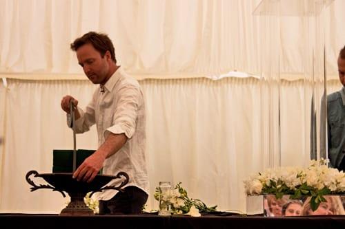 Guildford-Cathedral-Flower-Gala-Robbie-Honey-Demo-Flowerona-30
