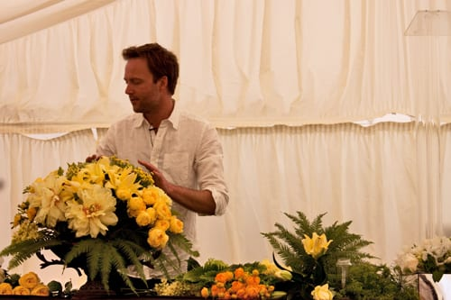 Guildford-Cathedral-Flower-Gala-Robbie-Honey-Demo-Flowerona-5