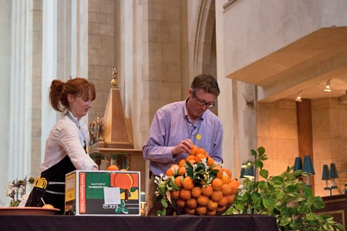 Guildford-Cathedral-Flower-Gala-Shane-Connolly-Demo-Flowerona-4