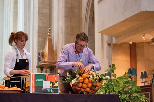 Guildford-Cathedral-Flower-Gala-Shane-Connolly-Demo-Flowerona-5