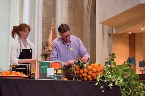Guildford-Cathedral-Flower-Gala-Shane-Connolly-Demo-Flowerona-6