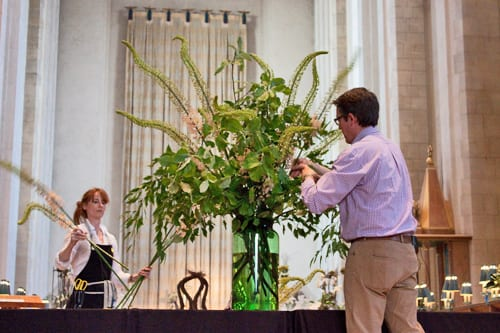 Guildford-Cathedral-Flower-Gala-Shane-Connolly-Demo-Flowerona-6