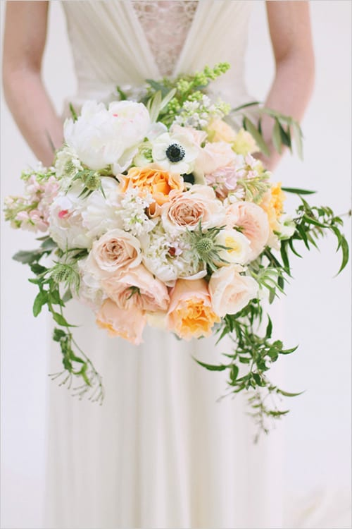 peach-and-white-bridal-bouquet-wedding-chicks-Jacque-Lynn-Photography