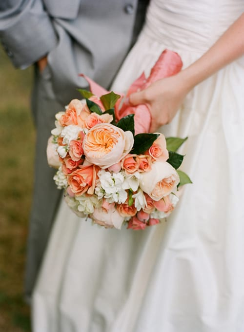 Juliet-roses-bridal-bouquet-Holly-Chapple-Kate-Headley