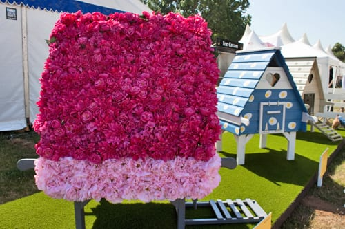 RHS Hampton Court Palace Flower Show 2013 – Country Living Magazine & The RHS Celebrity Hen House Auction