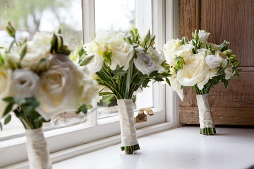 Wedding Wednesday: Inspiration for Wedding Flowers in May – Andrew & Anna