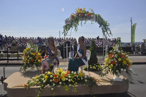 The-Battle-of-Flowers-Jersey-Hugh-Hunter-Flowerona-2