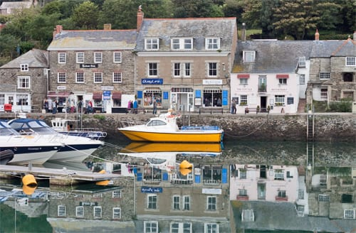 Padstow-Cornwall-Holiday-Flowerona