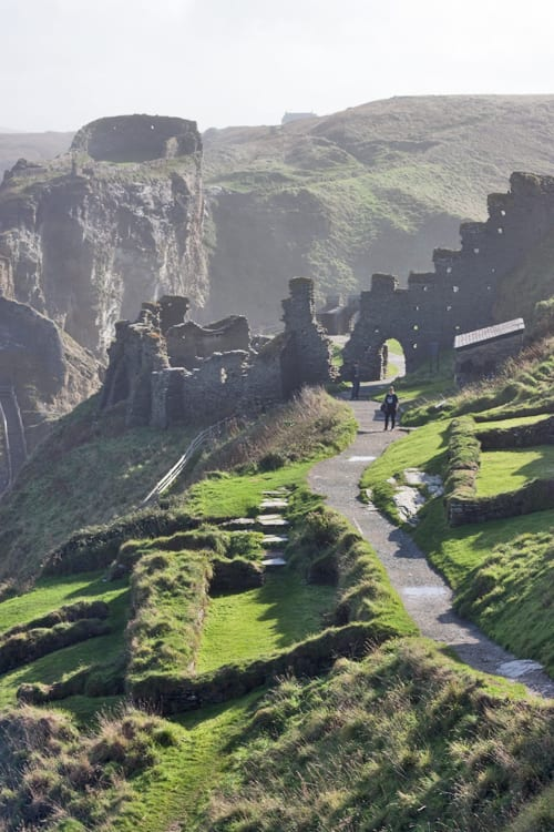 Tintagel-Castle-Cornwall-Holiday-Flowerona