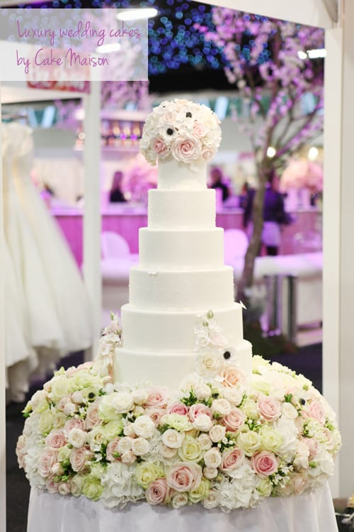 Floral-inspired cakes by Cake Maison at Brides The Show – October 2013