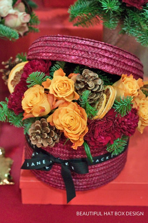 Jane-Packer-Christmas-Arrangement-Flowerona