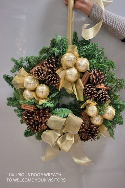 Jane-Packer-Christmas-Wreath-Flowerona