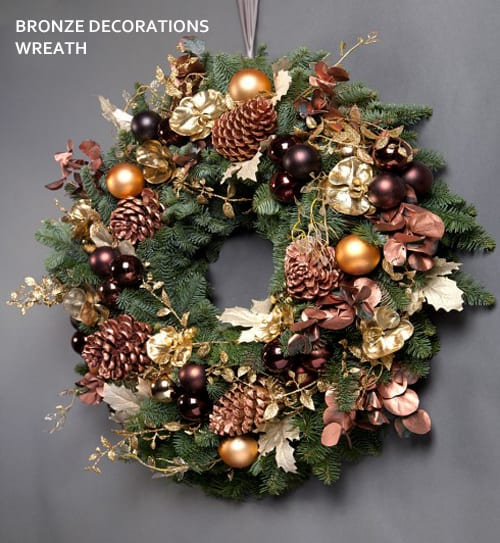 Wild-at-Heart-Bronze-Decorations-Wreath