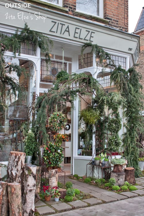 ZIta-Elze-Florist-Shop-London-December-2013-Flowerona