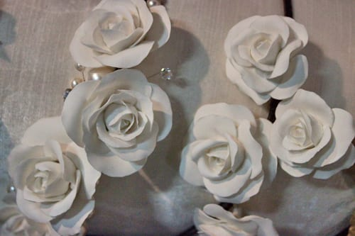Lila-Floral-Wedding-Accessories-Flowerona