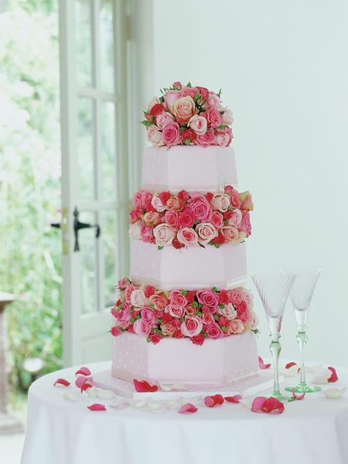 Paula-Pryke-How-to-Plan-Your-Wedding-Flowerona