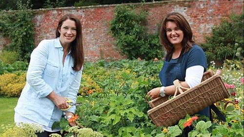 Rachel-de-Thame-and-Louise-Wesley-Kelmarsh-Hall-