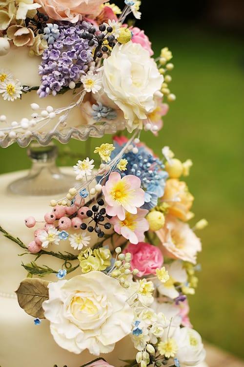 Amy-Swann-Cakes-Flowerona