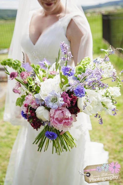 BareBlooms-June-Bouquet.-Photo-credit-Gemma-Williams