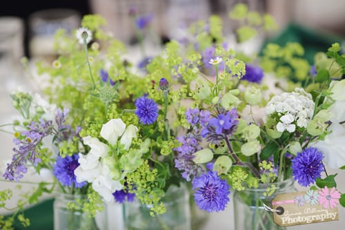 BareBlooms-June-table-decs.-Photo-Credit-Gemma-Williams