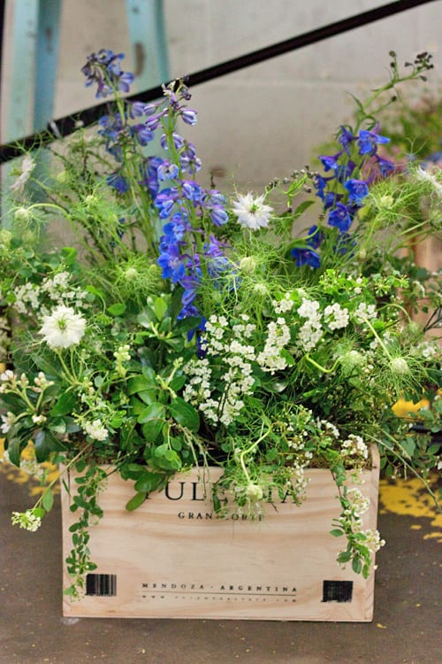 Sweet-Pea-Flowers-A-Most-Curious-Wedding-Fair-April-2014-Flowerona-12